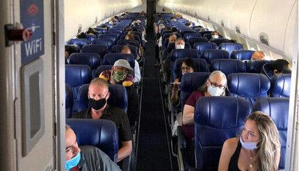 Mỹ: Người phụ nữ đột tử trên máy bay vì Covid-19