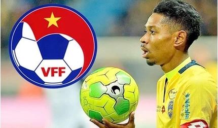Cầu thủ Việt kiều ẩn ý 'thả thính' tuyển Việt Nam