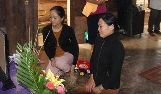 Vụ vợ nạn nhân thủy điện Rào Trăng 3 bị lừa tiền: Ngân hàng tạm ứng 100 triệu đồng