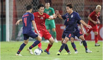 Tuyển Việt Nam tiếp tục bỏ xa Thái Lan trên bảng xếp hạng FIFA