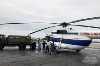 Điều trực thăng cứu 2 lãnh đạo xã bị thương nặng khi đi chống lũ