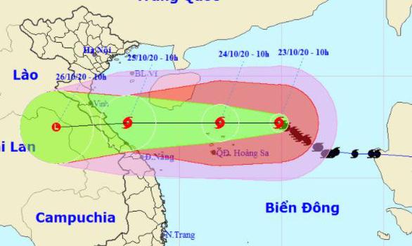 Bão số 8 chuẩn bị đổ bộ vào miền Trung, sức gió sẽ giảm dần