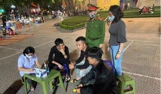 Hà Nội lập hàng chục điểm xử phạt người không đeo khẩu trang