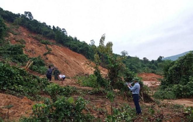 Núi sạt lở vùi lấp ở Quảng Bình: Tìm thấy thi thể nạn nhân thứ 3