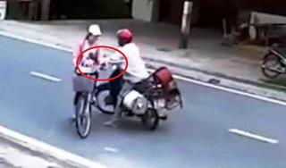 Bắt thanh niên đi mô tô sàm sỡ nữ sinh 13 tuổi trên đường đi học về