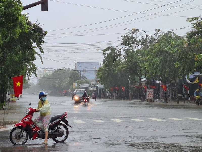 Học sinh Quảng Nam nghỉ học 2 ngày để phòng tránh bão số 9