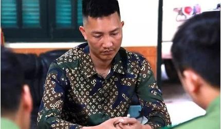 Công an triệu tập Huấn 'Hoa Hồng' vì cắt ghép video từ thiện miền Trung