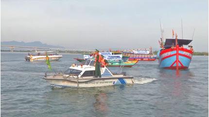 Gần 600.000 người dân các tỉnh từ Huế đến Phú Yên sơ tán tránh bão