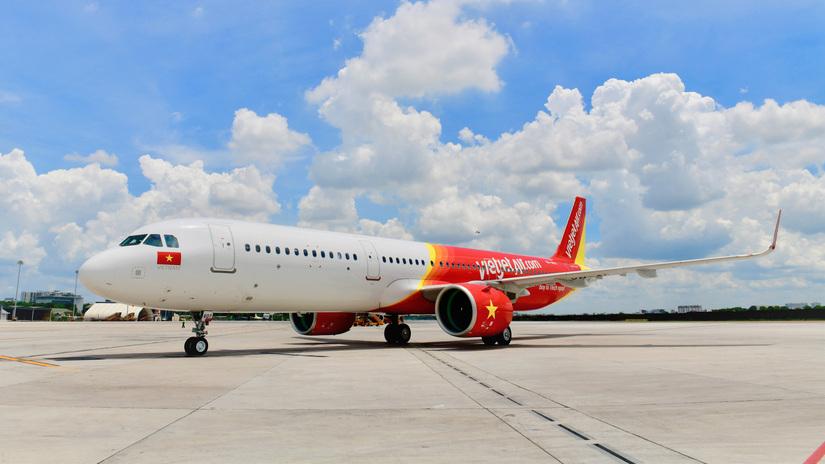 Bão số 9 lớn nhất lịch sử: Hàng trăm chuyến bay bị huỷ. 1