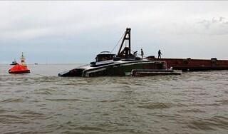 Chìm tàu cá ở Khánh Hòa, 12 thuyền viên mất tích