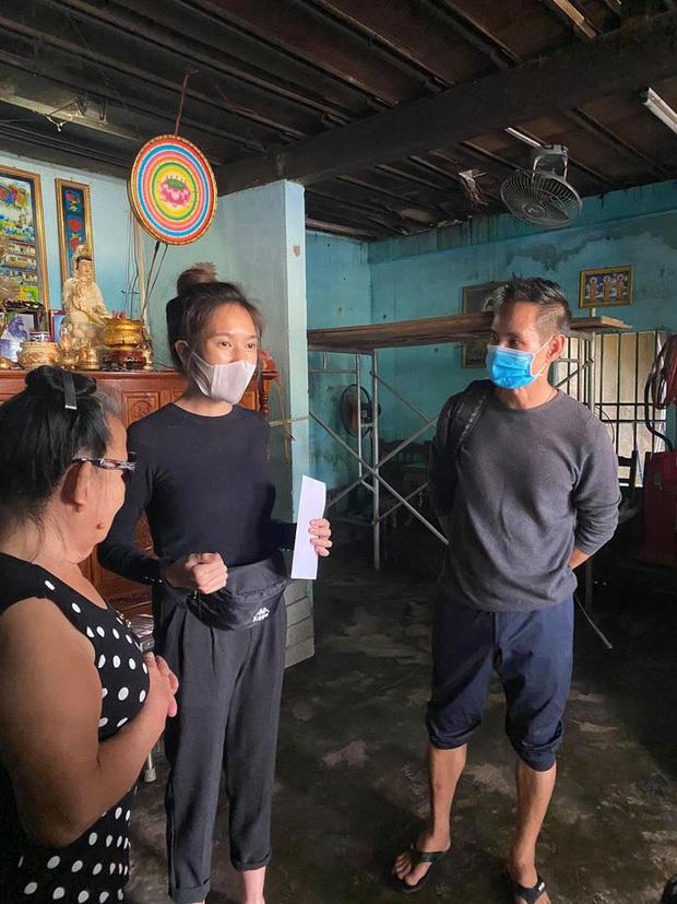 Lý Hải - Minh Hà trải lòng về quá trình cứu trợ bà con miền Trung