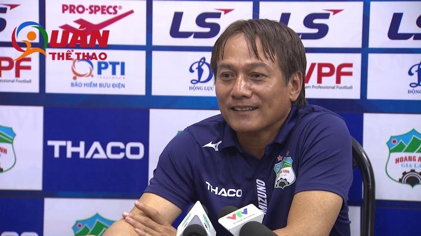 HLV Nguyễn Văn Đàn nhận trách nhiệm sau trận thua của HAGL