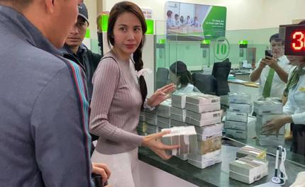 Thủy Tiên lên tiếng về vụ 69 hộ dân ở Quảng Bình bị trưởng thôn thu lại tiền