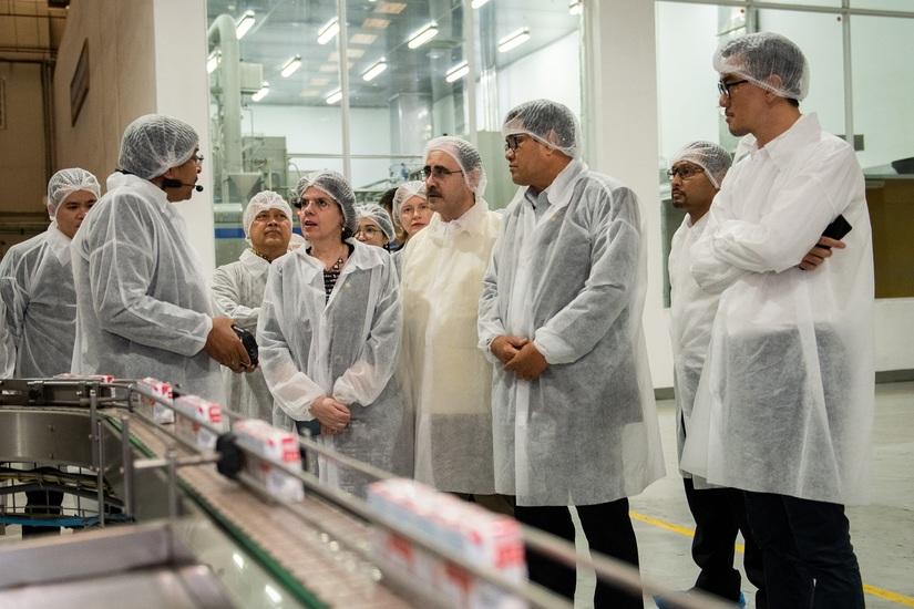 Trang trại bò sữa công nghệ cao của Tập đoàn TH trở thành điểm gặp gỡ của các Đại sứ ASEAN