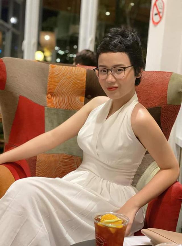 Nữ sinh Ngoại Thương, hoa khôi truyền cảm hứng Đặng Trần Thủy Tiên đã chữa khỏi ung thư vú.1