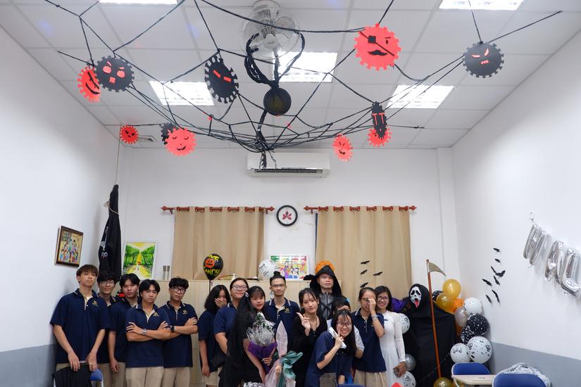 Hướng về miền Trung với ý tưởng Yêu tái chế - Bảo vệ trái đất trong lễ hội Halloween