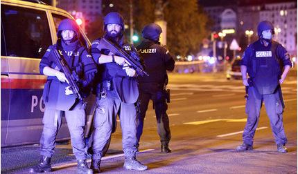 Xả súng tại thủ đô của Áo, 17 người thương vong