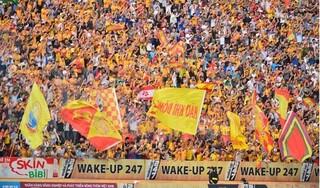 Chủ tịch SLNA khâm phục tình yêu bóng đá của người hâm mộ Nam Định
