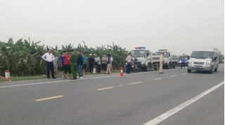 Tin tức tai nạn giao thông ngày 3/11: Xe máy đâm vào cột mốc ven đường, 2 người tử vong