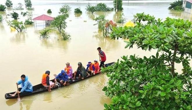 Anh hỗ trợ Việt Nam 500.000 bảng để khắc phục hậu quả bão lũ