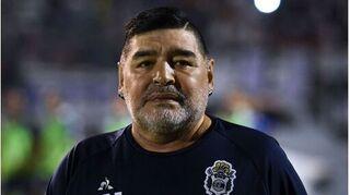 Huyền thoại Maradona nhập viện khẩn cấp để phẫu thuật não