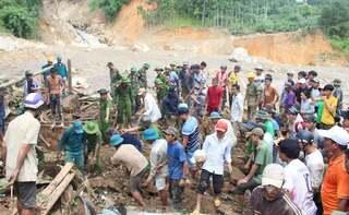 Tìm thấy 1 thi thể nạn nhân cách hiện trường vụ sạt lở ở Trà Leng 2km