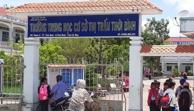 Hội chứng tâm lý khiến hơn 60 học sinh Cà Mau ngất xỉu tại trường