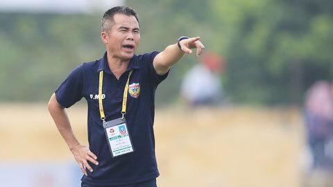 HLV Phạm Minh Đức lên án hành vi không đẹp của CLB TP.HCM