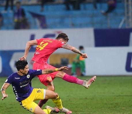 Hà Nội FC thắng đậm Sài Gòn