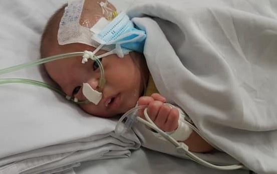 Tìm cha mẹ cho bé sơ sinh bị bỏ rơi ở bệnh viện