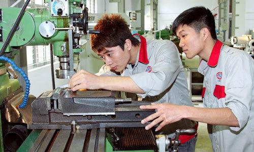 Bộ GD&ĐT đồng ý trường nghề được dạy các môn văn hóa THPT