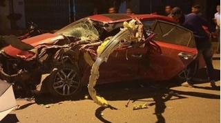 Tin tức tai nạn giao thông ngày 5/11: Đấu đầu xe tải, tài xế xe con tử vong trên ghế lái
