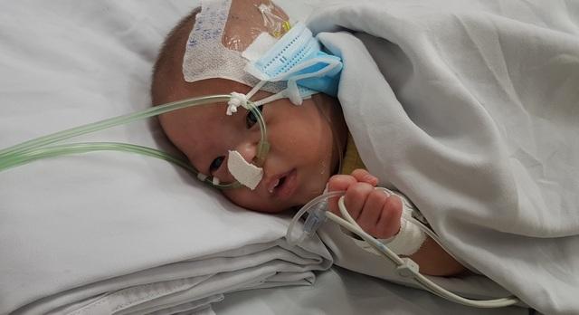 Bé sơ sinh bị bỏ rơi ở Bệnh viện quận Thủ Đức
