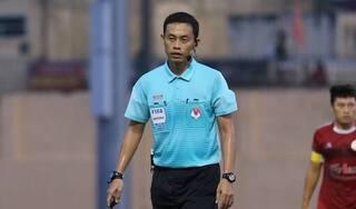 Trọng tài khiến CLB HAGL mất phạt đền nhận án phạt