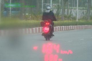 Thanh niên 18 tuổi phóng xe máy 104km/giờ, cố tình tông CSGT