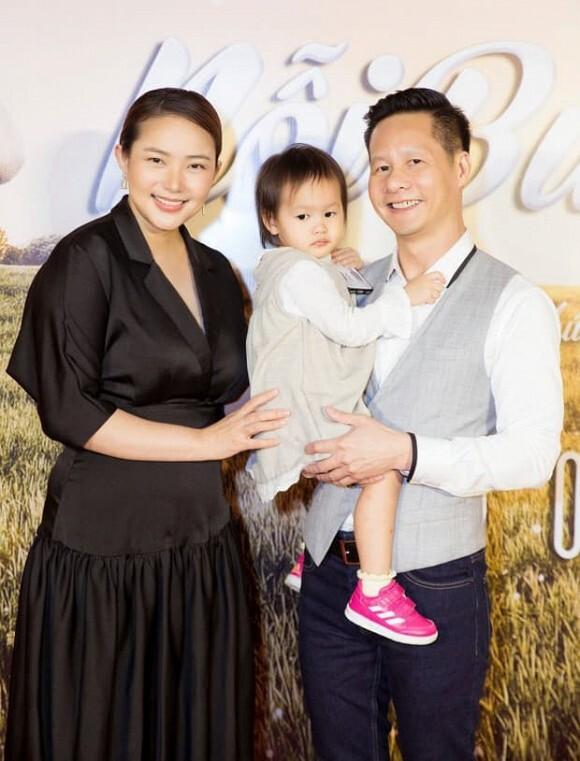 Phan Như Thảo kỷ niệm 5 năm với đại gia Đức An, hé lộ hợp đồng tình yêu cực dễ thương