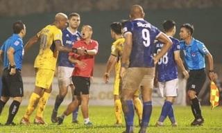 Trợ lý CLB Nam Định nhận án phạt trước ngày V.League hạ màn