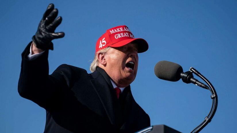 Tòa án Tối cao ra quyết định có lợi, liệu có giúp ông Trump lội ngược dòng?