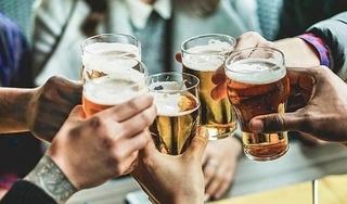Từ 15/11: Để nhân viên uống rượu, bia trong giờ làm, 'sếp' bị phạt đến 5 triệu