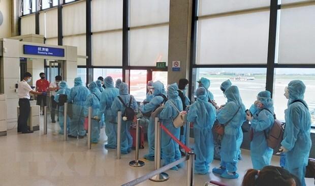 Hơn 350 công dân Việt Nam về từ Hoa Kỳ được cách ly tại Đà Nẵng