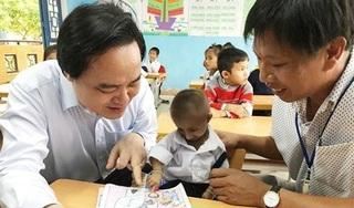 Bộ trưởng Phùng Xuân Nhạ gửi lời chia buồn tới gia đình học sinh Đinh Văn K'Rể