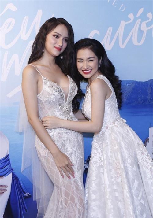 Hoa hậu Khánh Vân nhận gạch đá khi lên tiếng bênh vực Hương Giang
