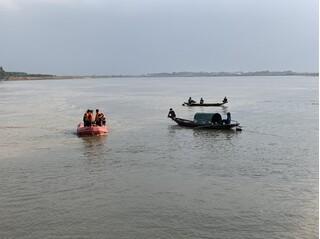 Tìm thấy thi thể thanh niên nhảy sông Lam tự tử