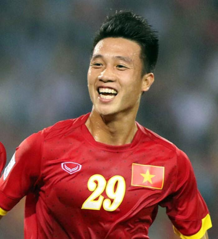 Huy Hùng gia nhập SHB Đà Nẵng sau khi chia tay Quảng Nam