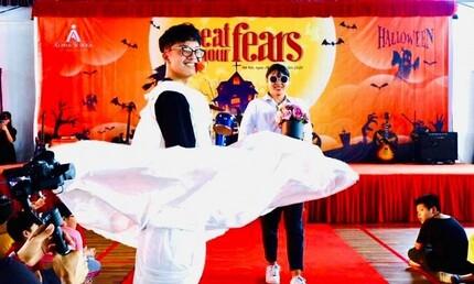 MC Thảo Vân khoe ảnh con trai trình diễn thời trang khiến Công Lý 'sốc'