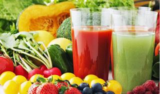 Kiểu uống nước ép trái cây gây độc hại mà nhiều người vẫn hay làm