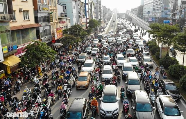 Hà Nội tính phân luồng lại giao thông ở ngã tư khổ - Trường Chinh