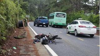 Tin tức tai nạn giao thông ngày 11/11: Va chạm với xe buýt, người đàn ông đi xe máy tử vong