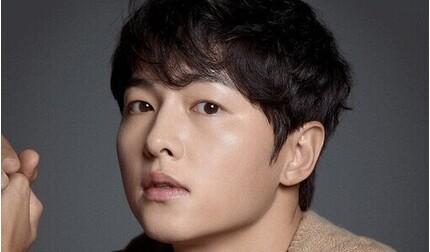 Song Joong Ki có động thái lạ trong ngày lễ độc thân sau ly hôn Song Hye Kyo