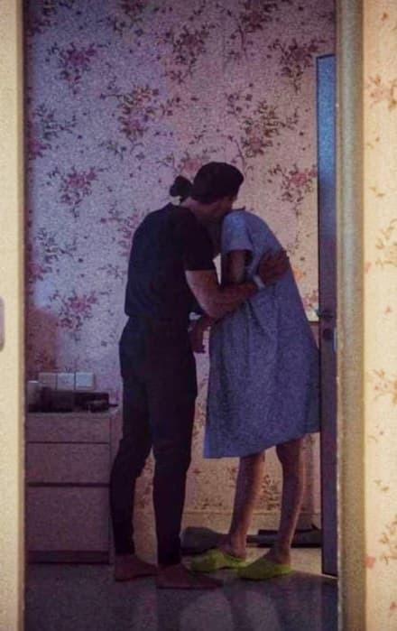 Clip Hà Hồ bật khóc vì xúc động khi được Kim Lý cầu hôn